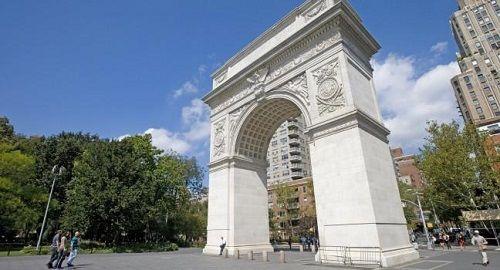 travelistica com: Visitar Washington Square Park - Nueva