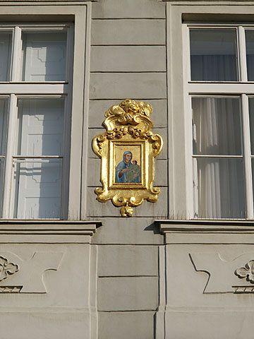 Visitar Casa Del Unicornio Dorado Praga R Fotos Mapas Información Restaurantes Cercanos Atracciones Cercanas Hoteles Cercanos Casa Del Unicornio Dorado